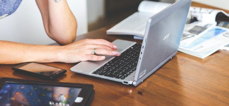 Έναρξη του προγράμματος voucher «Ψηφιακή μέριμνα» – Χρήσιμες πληροφορίες για τα voucher